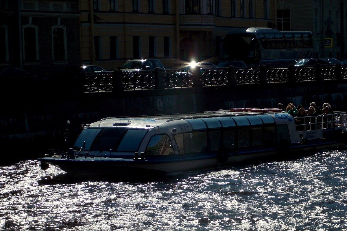 Экскурсии  по рекам и каналам-2 - Фотогруппа Весна.