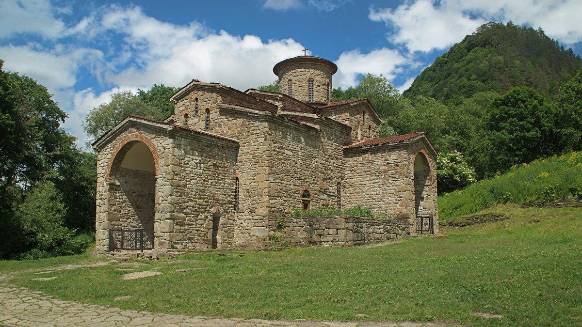 Северный храм,10 век - Владимир Лебедев
