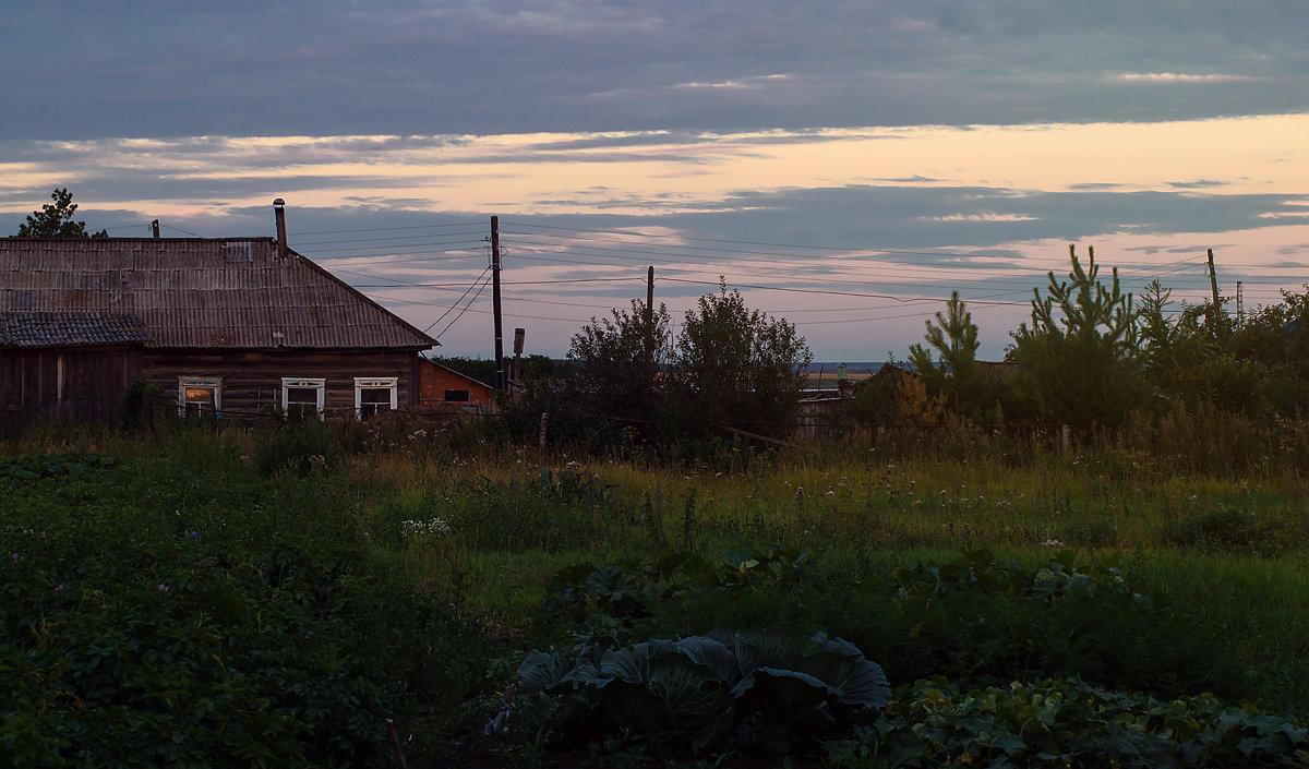 Спит деревня... - Оксана Галлямова