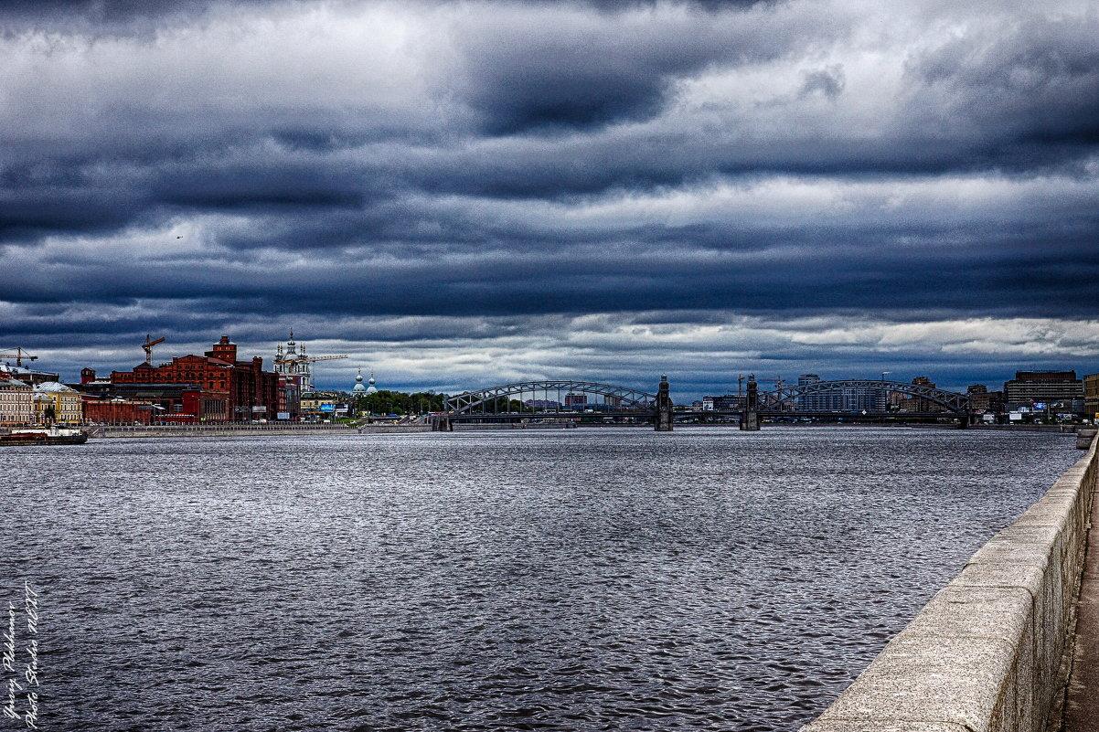 Питер вид с Малоохтинской набережной на Большеохтинский мост - Юрий Плеханов