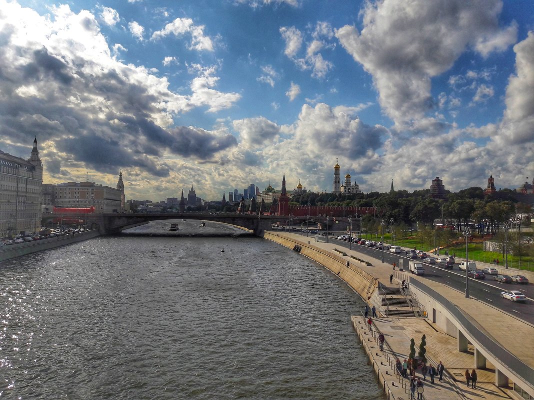 Москва река - Ирина Крохмаль