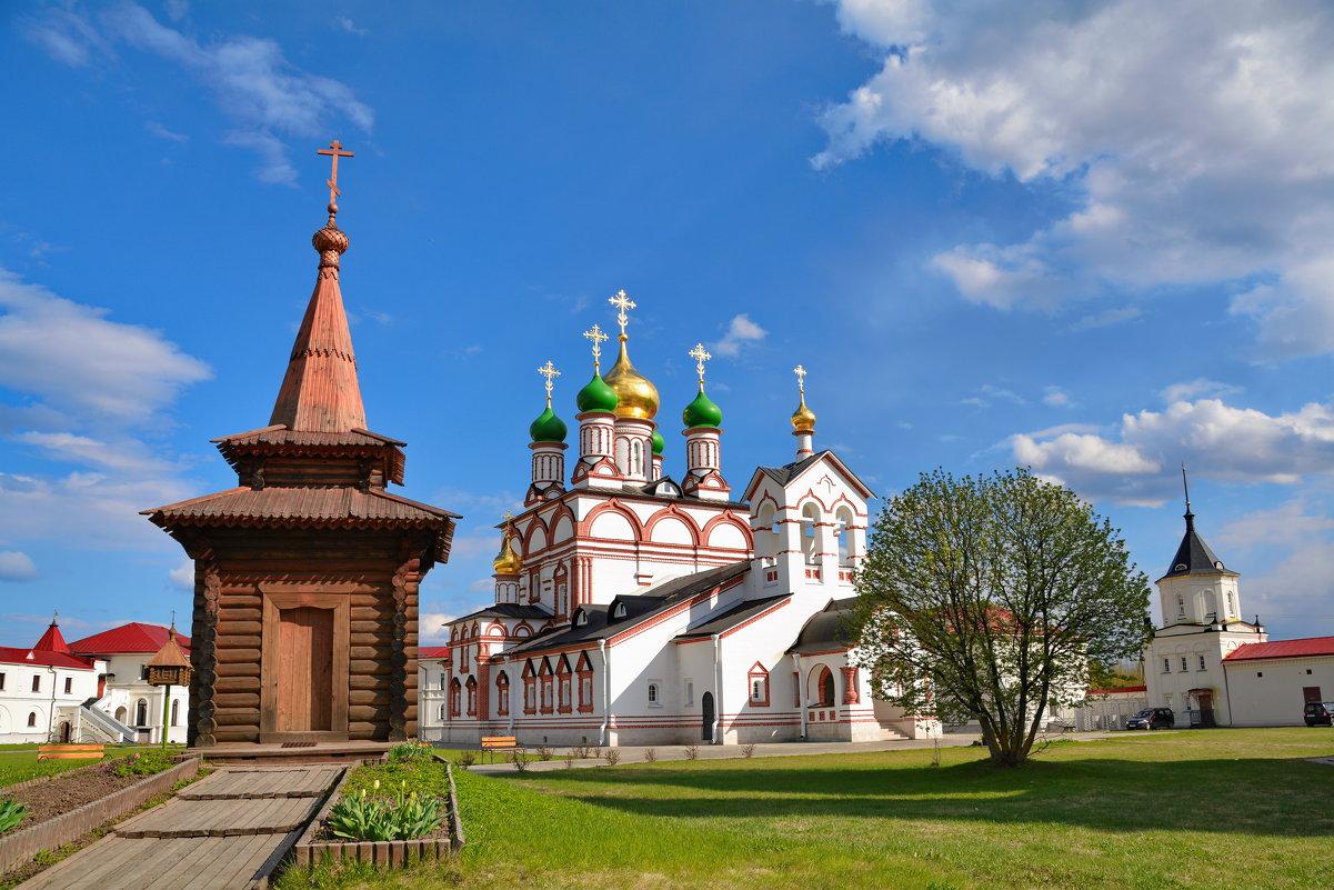 В Варницком монастыре - Александр С.
