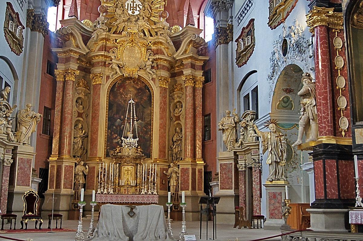Церковь Св. Мартина 11:35 - irina Schwarzer