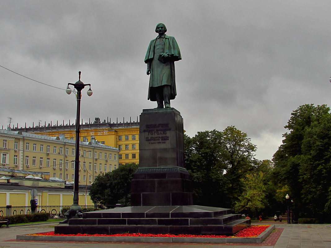 Гоголевский бульвар - Yuriy V