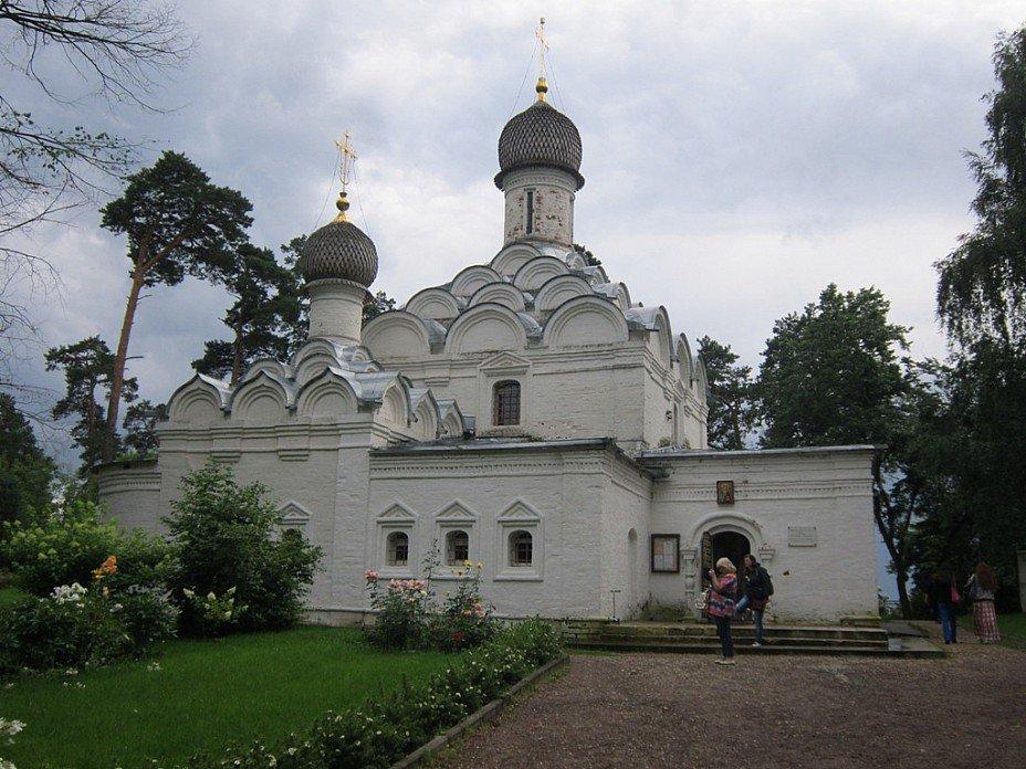 Архангельское. Церковь святого Михаила Архангела - Дмитрий Никитин