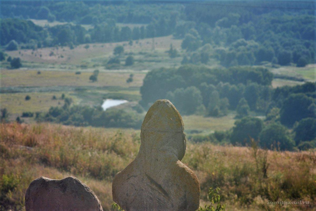 На Бессменном посту... гора Кремянец, г. Изюм - isanit Sergey Breus