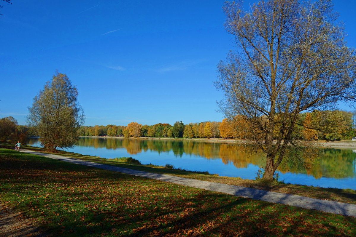 Красотка Осень... - Galina Dzubina