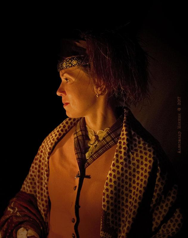 Женский портрет в профиль - Алексадр Мякшин