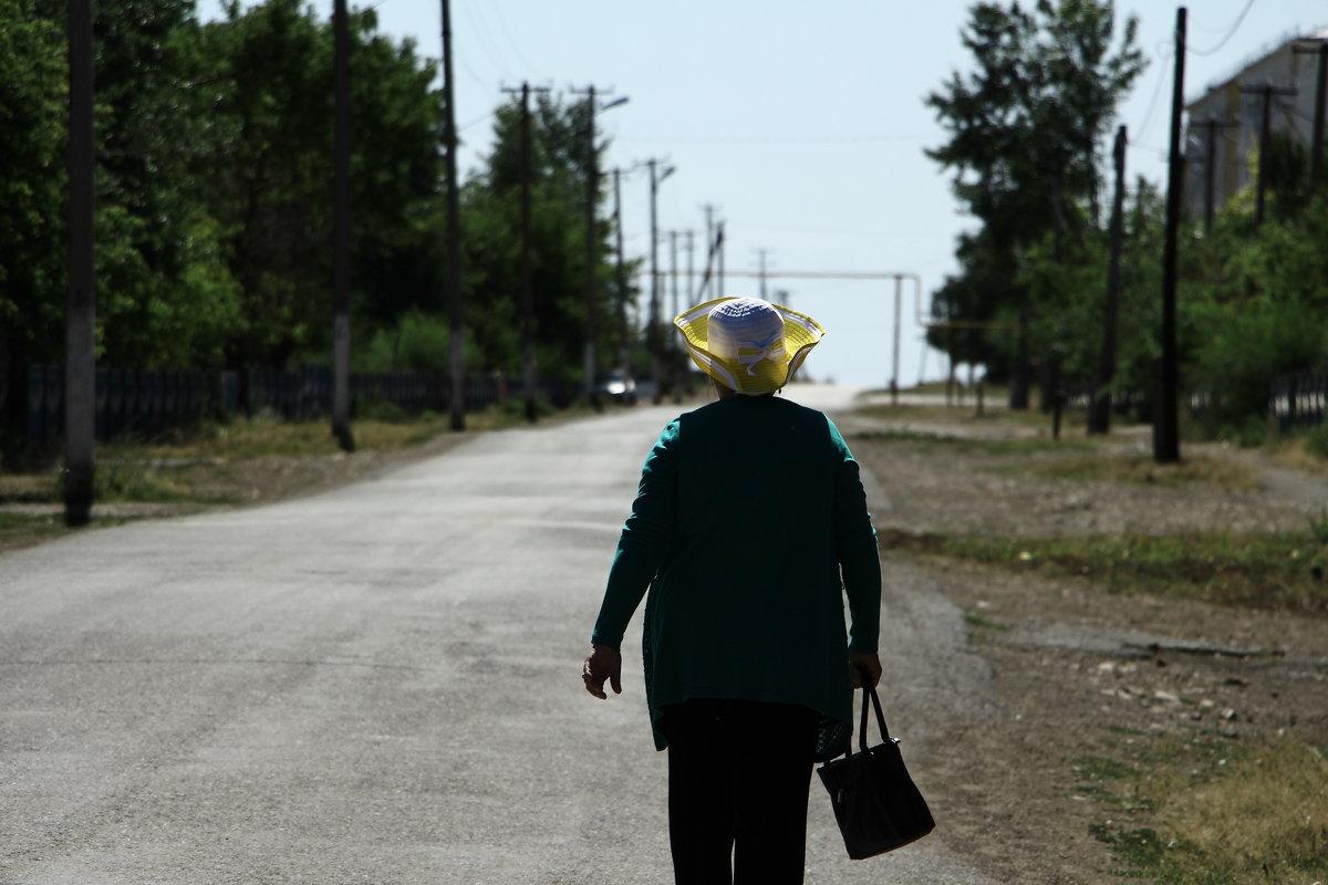 Дама в шляпке - Ait_x Айтх
