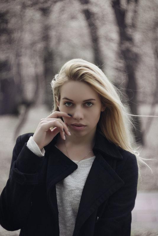 white - Валерий Цымбалюк