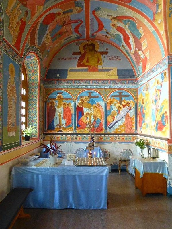 Церковь Введения во храм Пресвятой Богородицы - Наиля