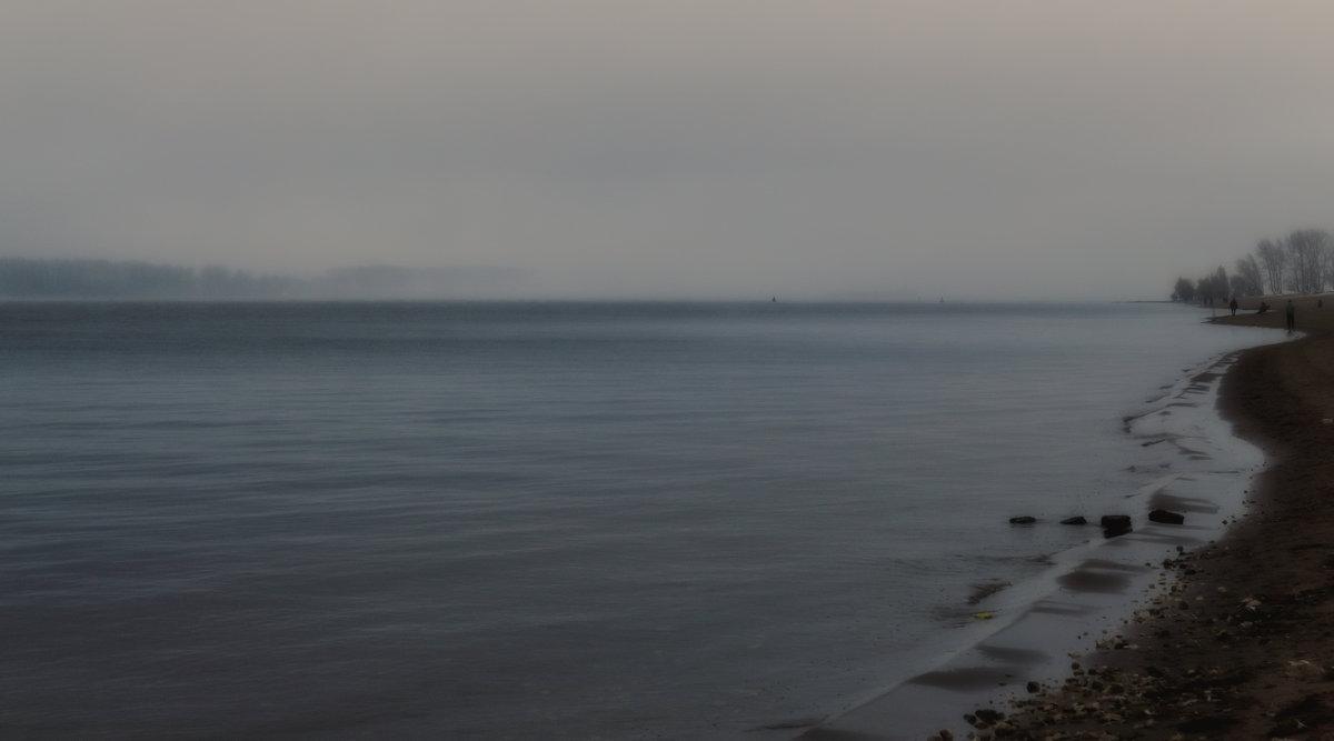 На пляже вечером пустынным... - Алексей Батькович