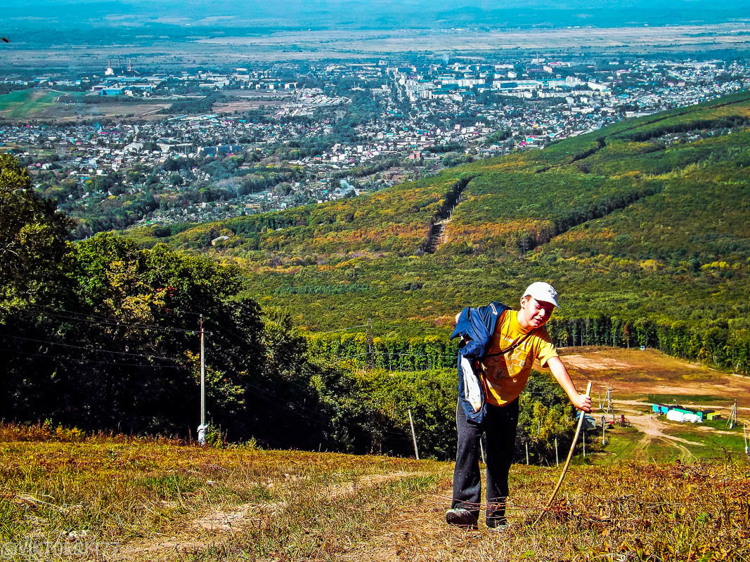 Трудный подъём в гору - Виктор