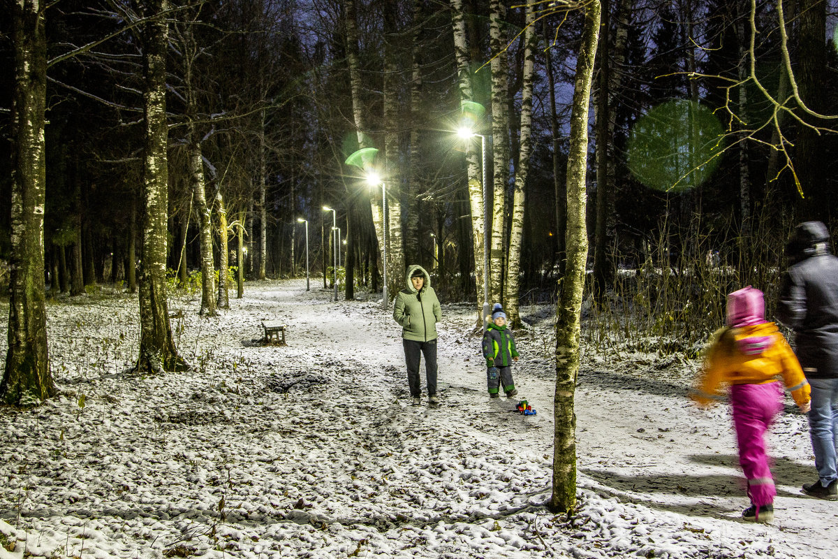 вечерняя прогулка - Игорь