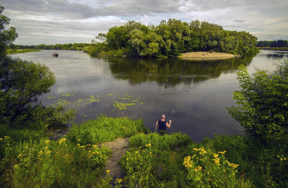 Отдых у реки - Дубовцев Евгений