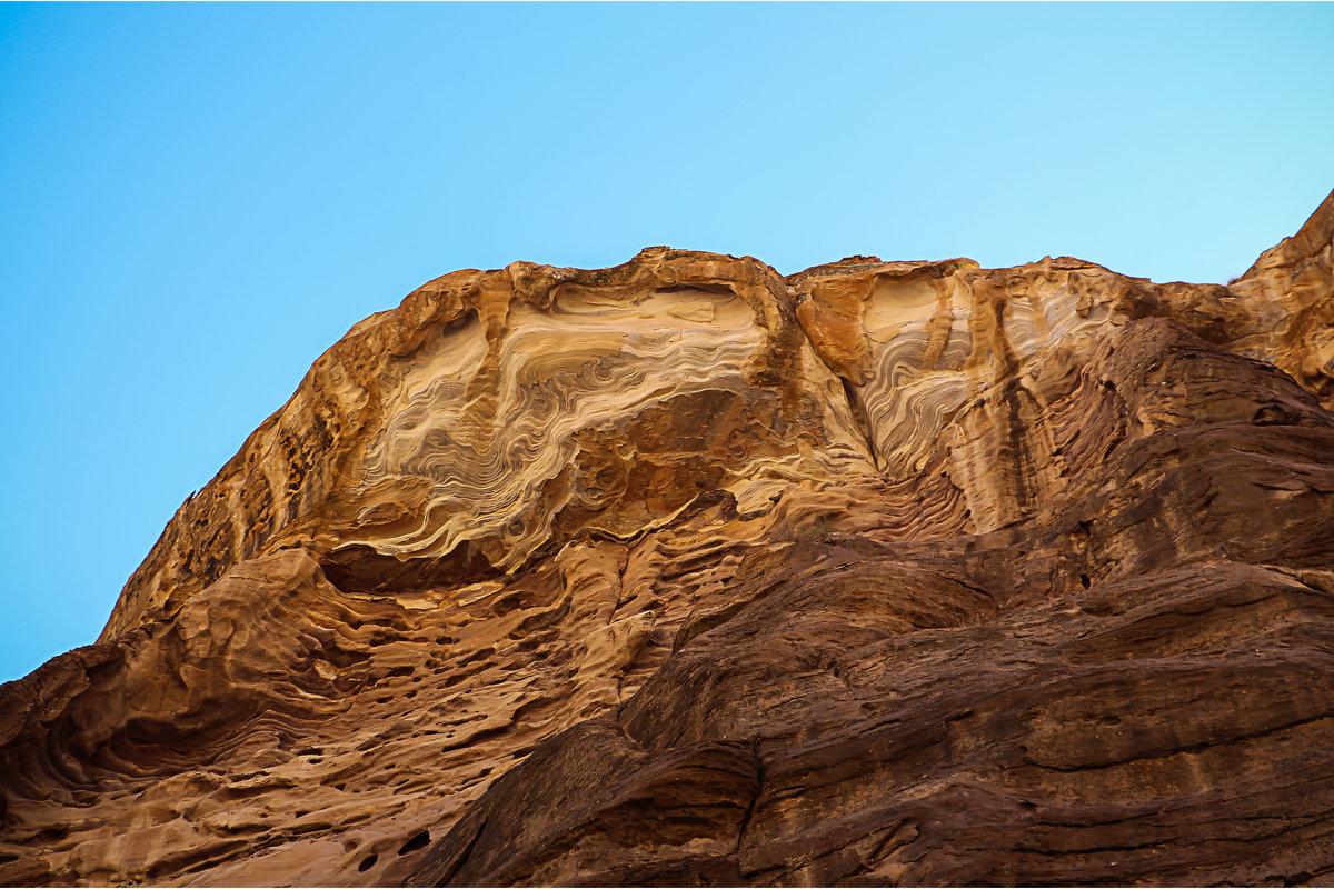 ПЕСЧАНЫЕ УЗОРЫ Каньон Сик – главный вход в Петру - ВЛАДИМИР