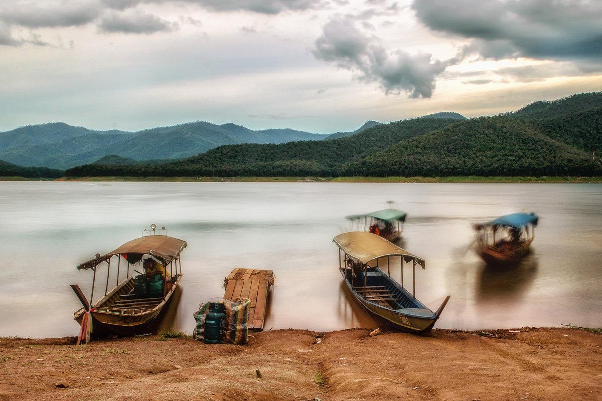Горное озеро - Андрей Ковалев