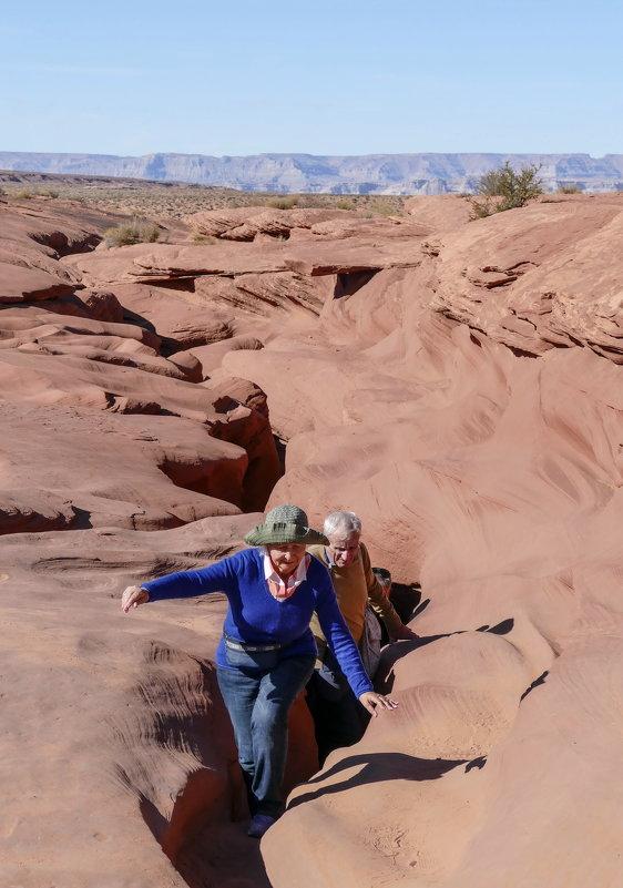 Так наши туристы выбирались из каньона Антилопа (Аризона, США) - Юрий Поляков