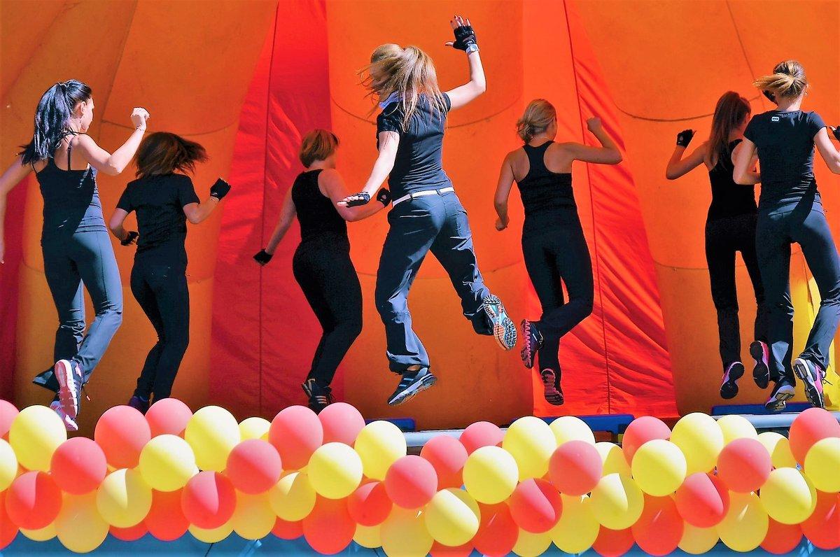 Танцы на сцене... - Sergey Gordoff