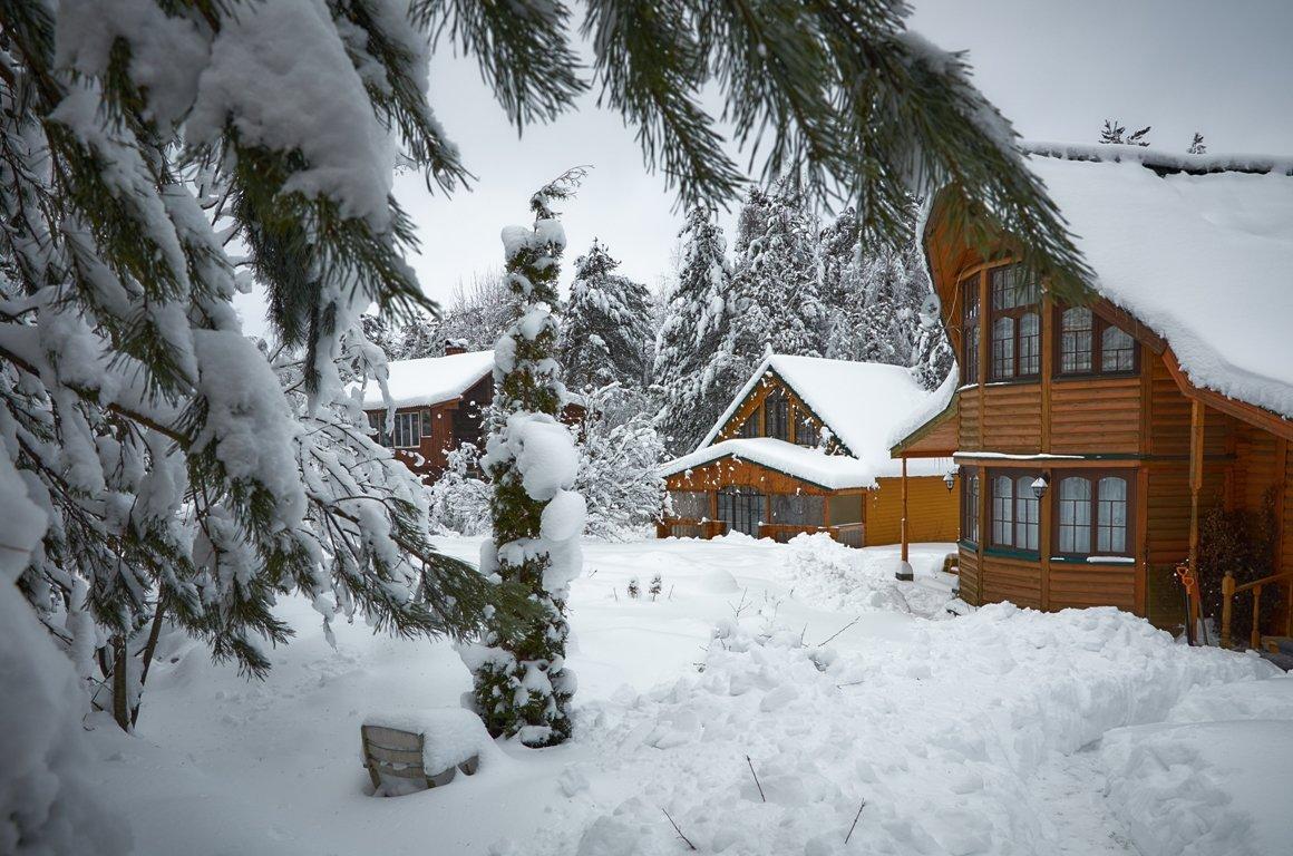 Зимой на даче...