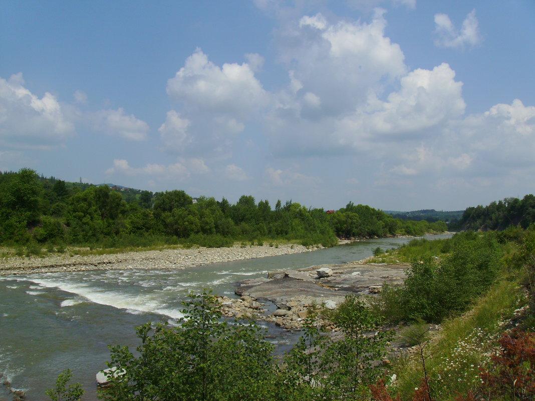 Река   Прут   в   Делятине - Андрей  Васильевич Коляскин