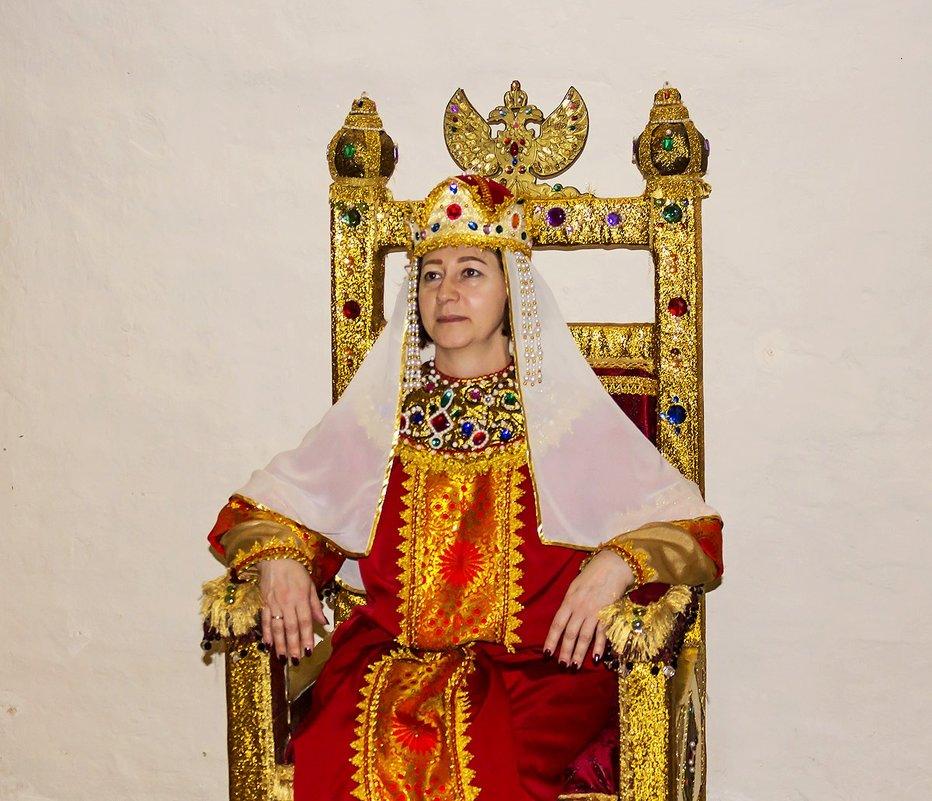 Царица - Александр