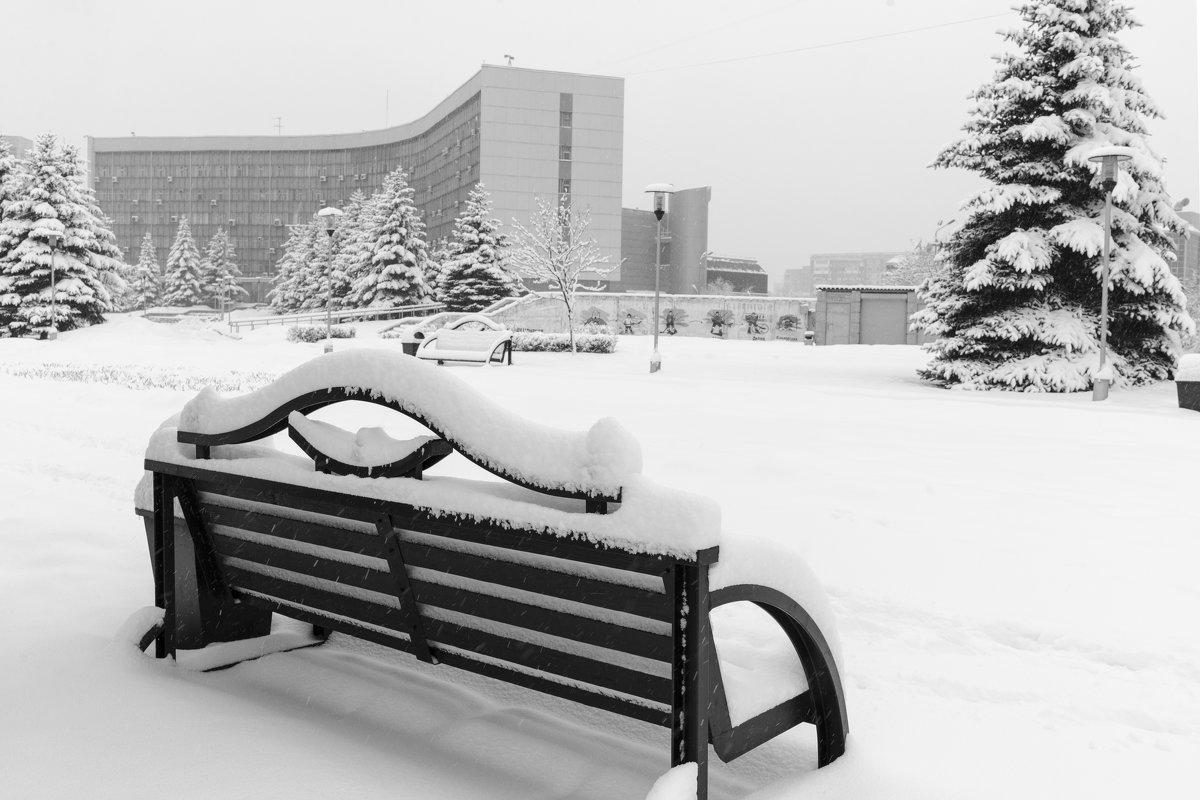 Выпал снег - Валерий Михмель
