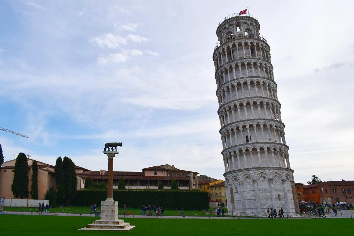 Пизанская башня - падающая эмблема Италии - Galina Leskova