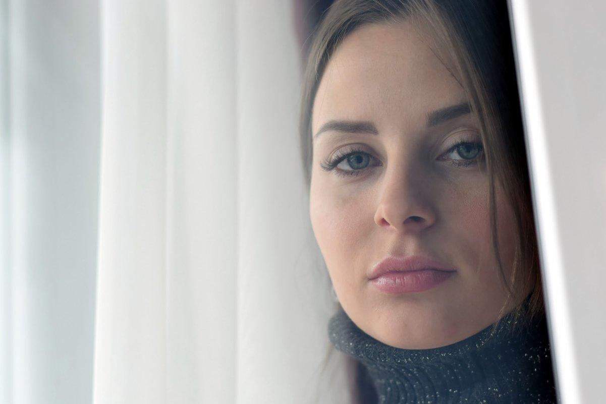 портрет через стекло - Ксения Жильникова