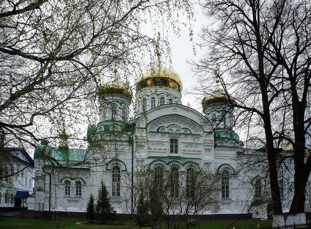 Собор в честь Святой Троицы. Построен в 1910 году по проекту архитектора Ф.Н. Малиновского - Елена Павлова (Смолова)