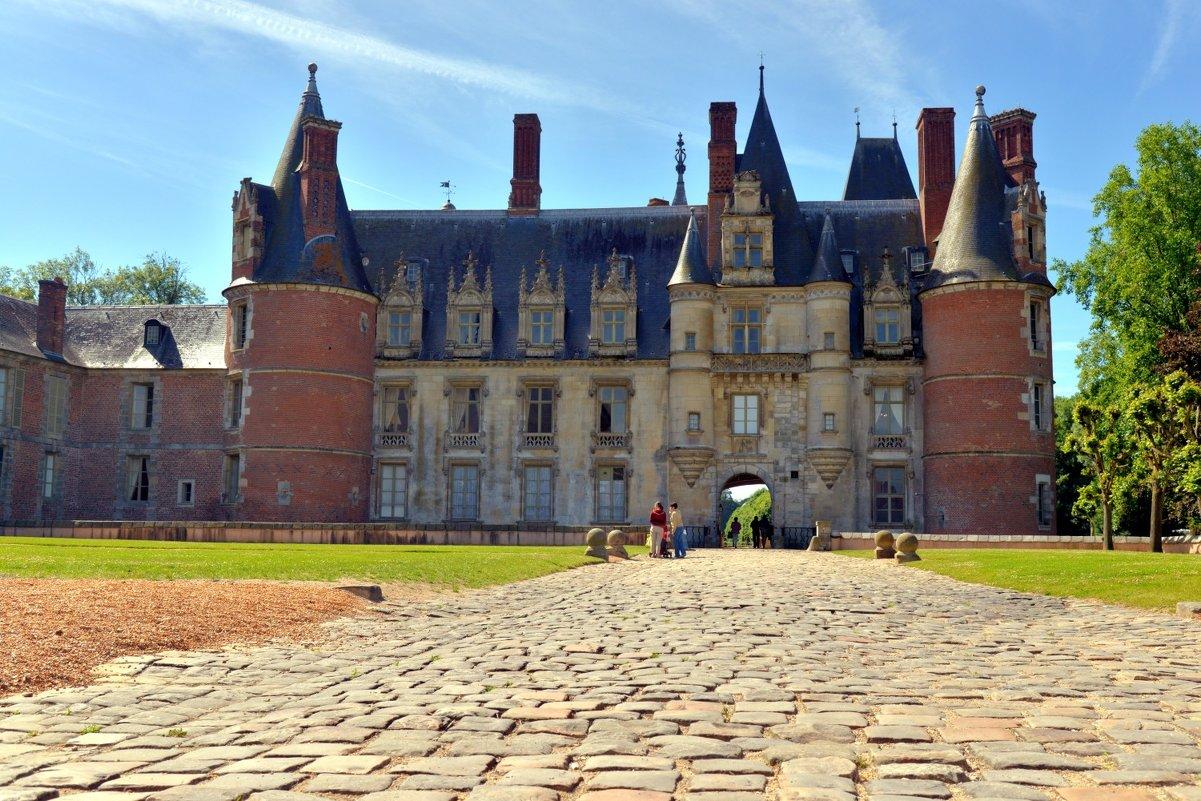 замок Мадама де Ментенон (2) (chateau de madame de Maintenon) - Георгий