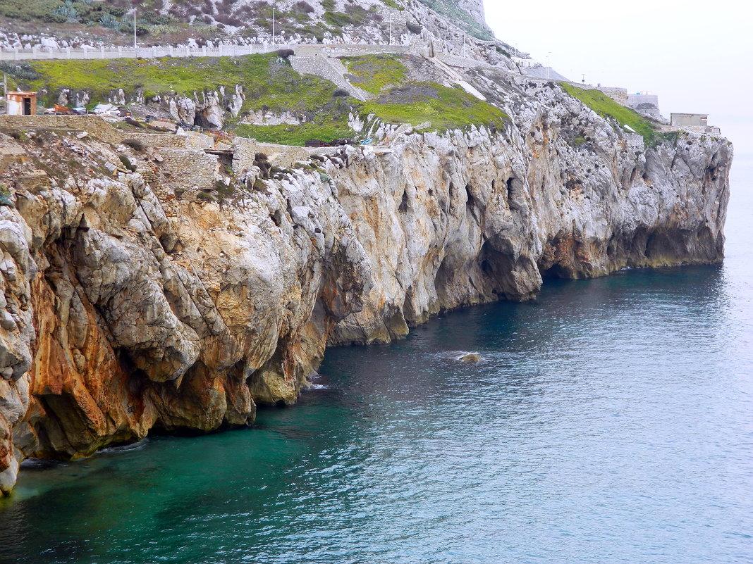Гибралтарская скала - Алла Захарова