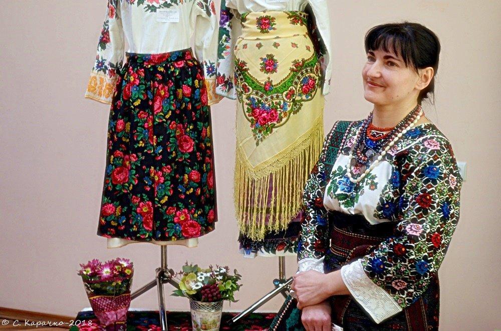 Вишивальниця - Степан Карачко