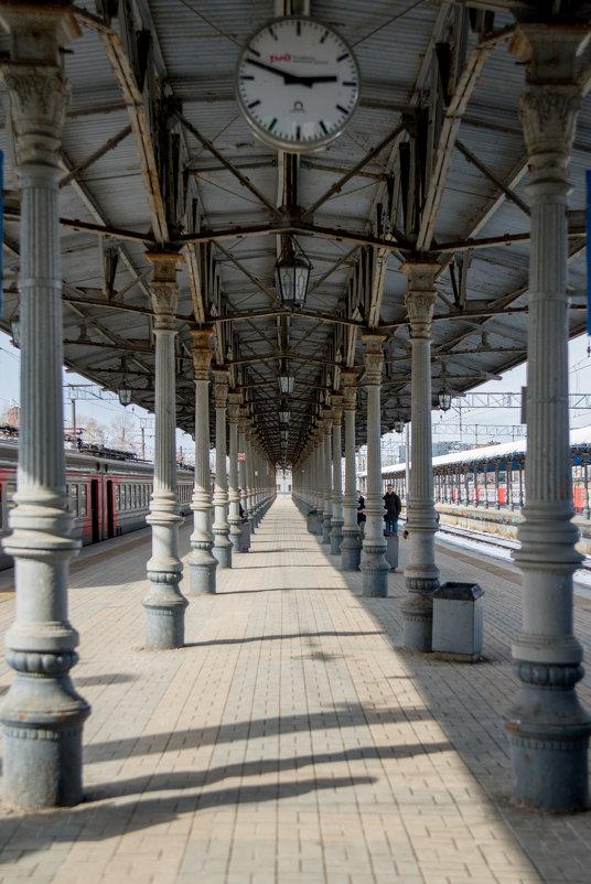 Платформа Ярославского вокзала - Юлия Полянцева