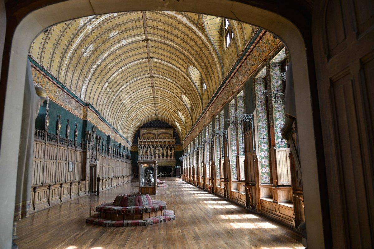 один из залов замка Пьерфон - Георгий