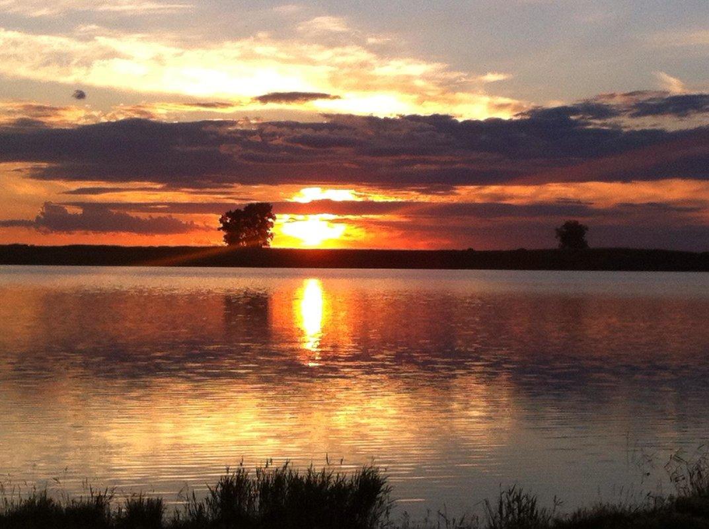 Закат на озере - Нина