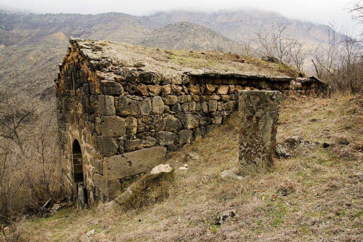Церковь в старом Харджи - David Jotyan