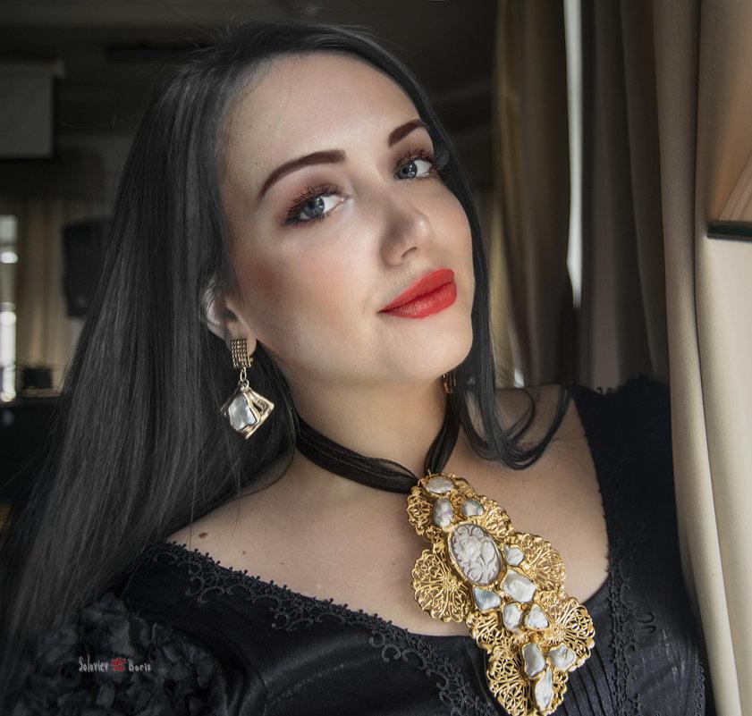 Алина, артист и вообще ведунья - Борис Соловьев