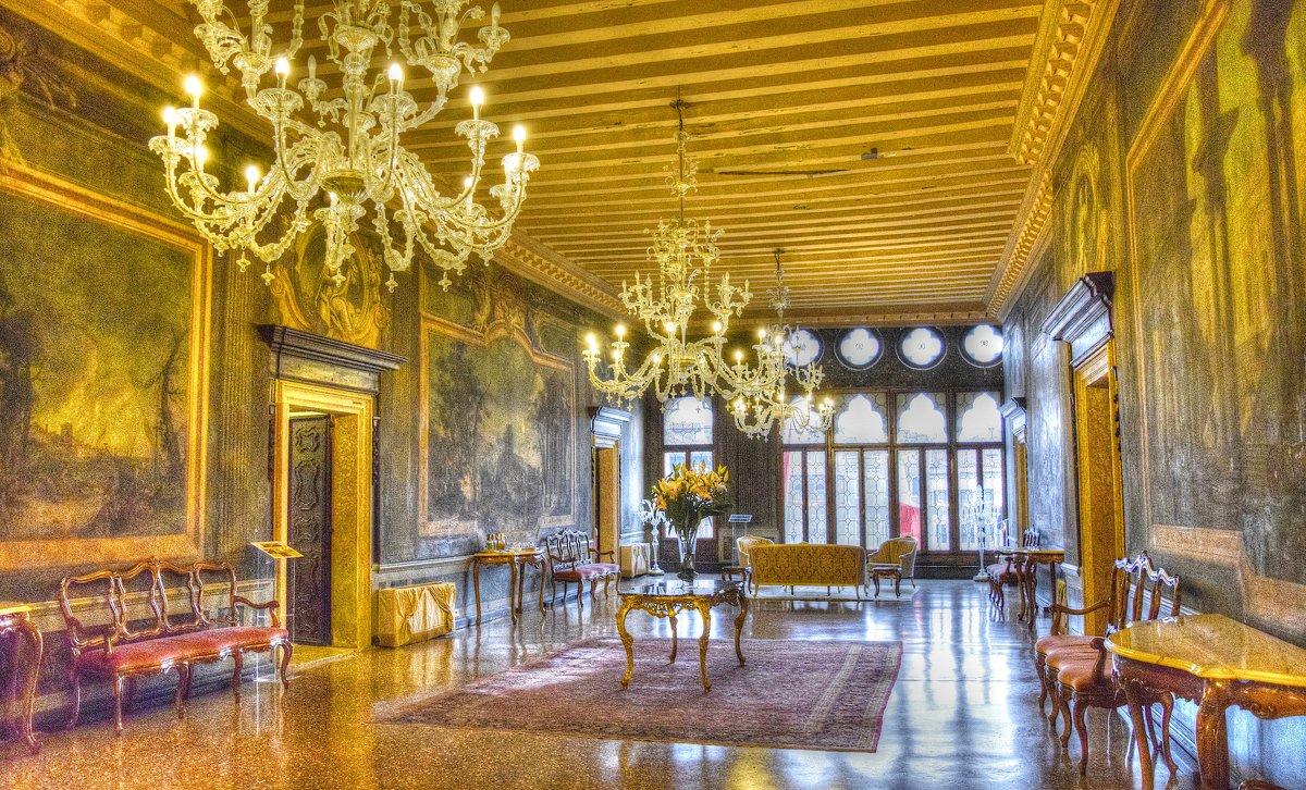 Интерьер отеля в Венеции - Ирина Рюмина