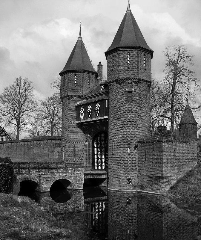 Замок де Хаар - Марина Лукина