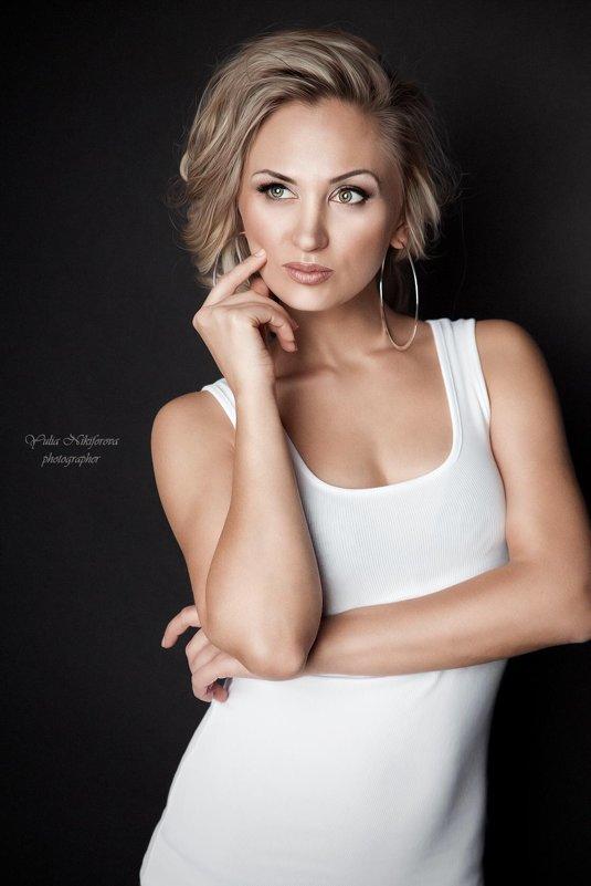 Елена - Юлия Никифорова