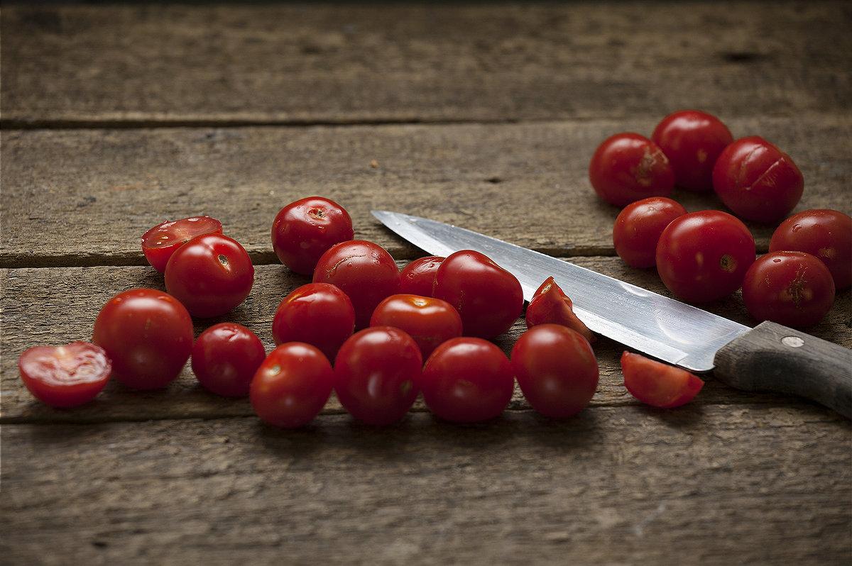 Сочные и сладкие помидорки черри - Елена