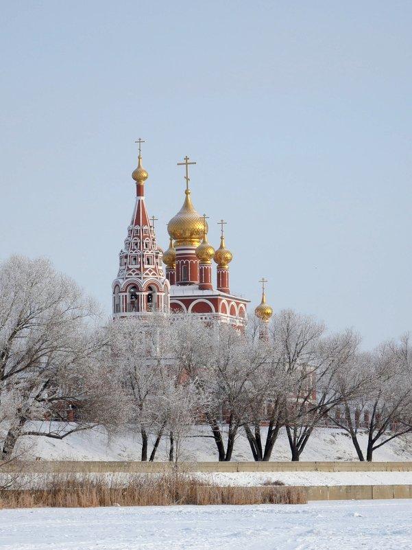 Новый храм - Юрий