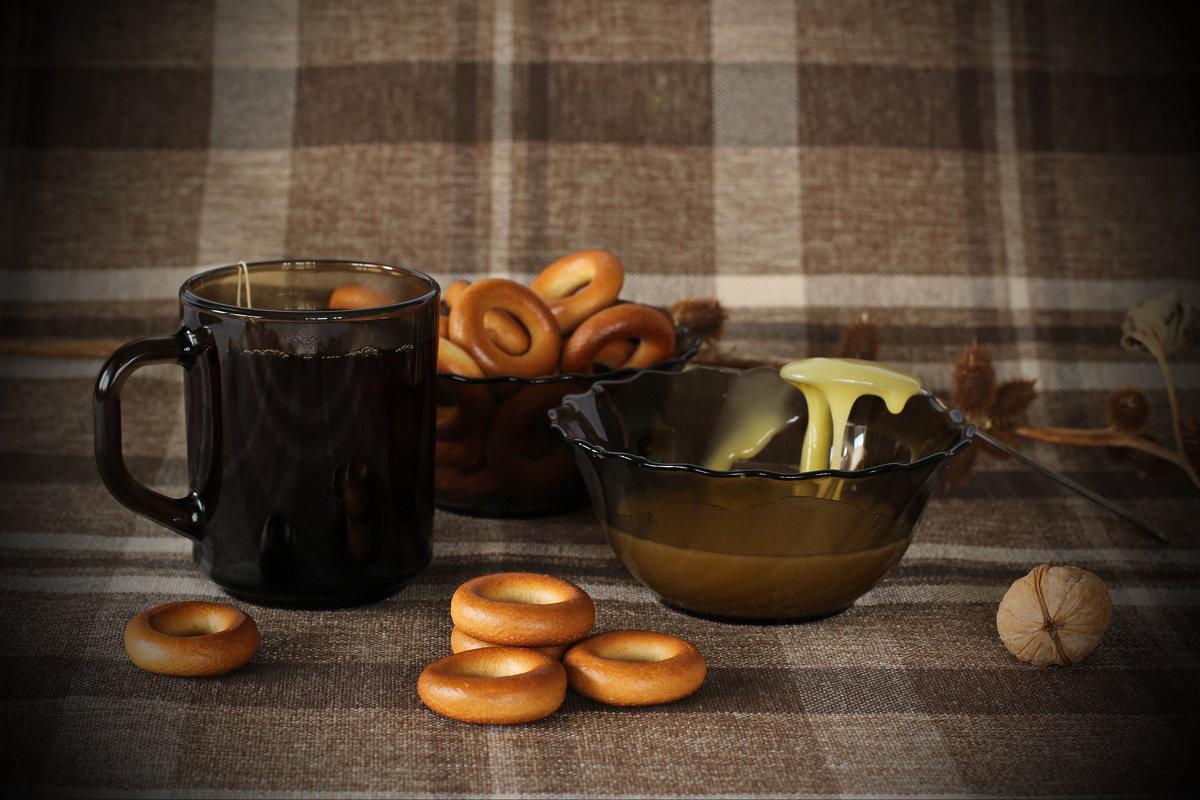Чай с медом и с баранками ... - Олег Кондрашов
