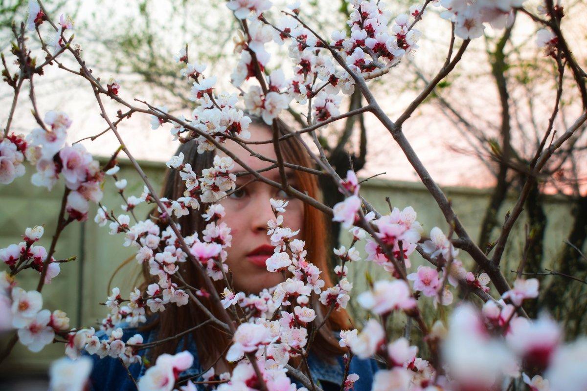 Редкий цветок мая - Таня