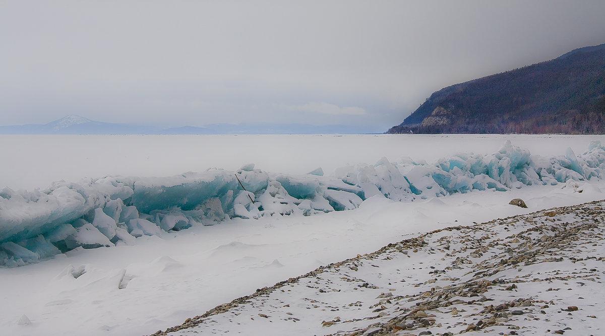 Байкальский прибой в апреле - Грег