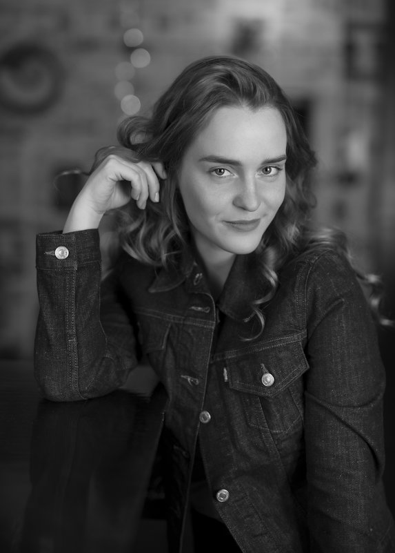 Женский портрет - Алексей Соминский
