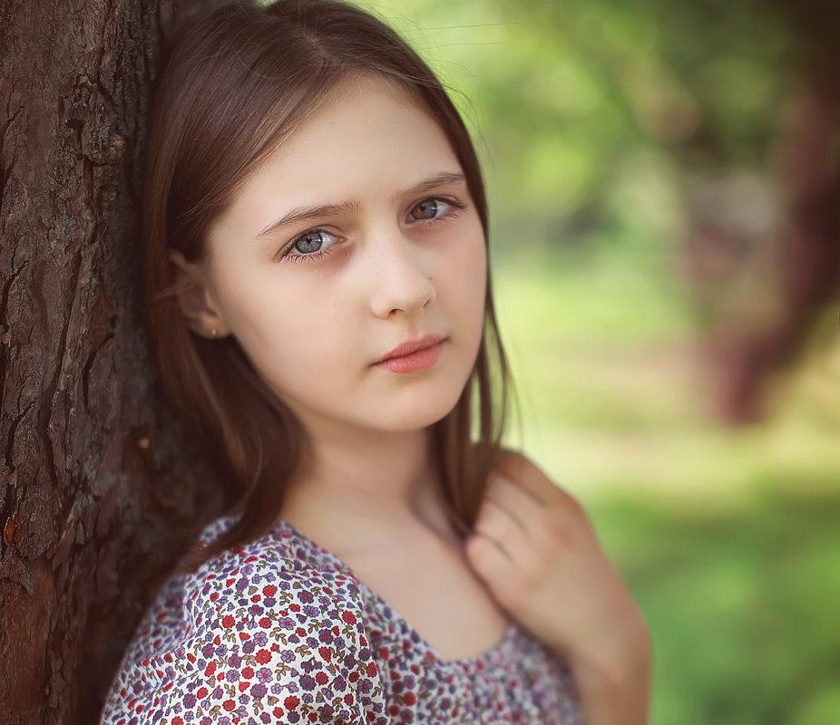 Алиса - Лилия .