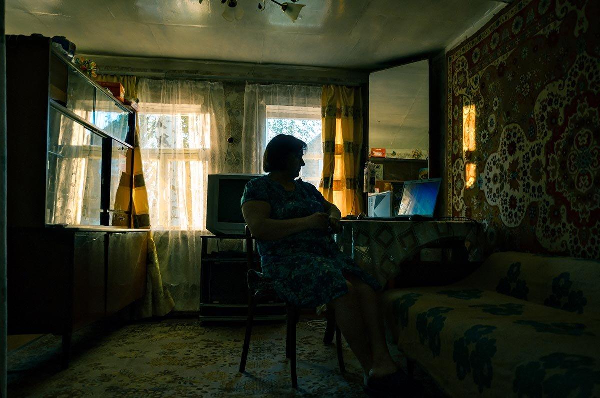 В края иные приоткрывает окна интернет... - Ирина Данилова