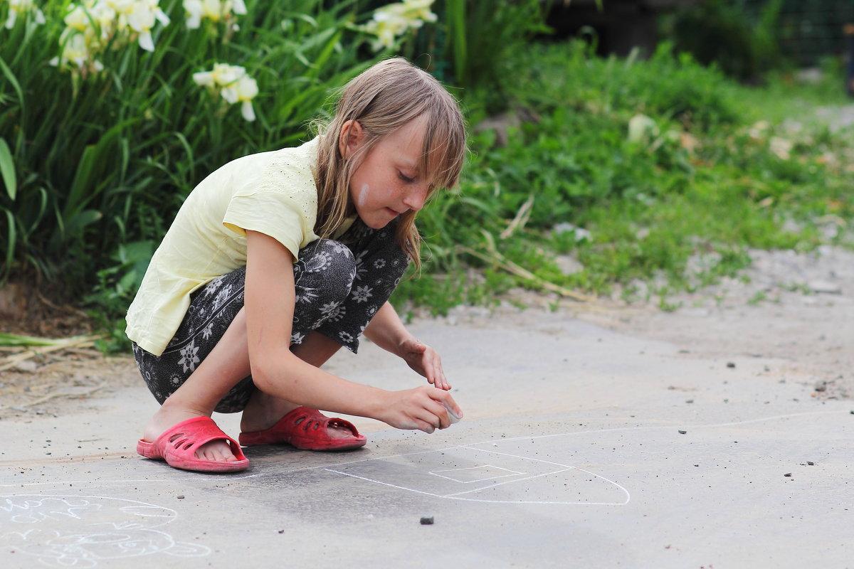 Девочка с мелком - Юрий Гайворонский